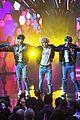 bts american music awards 2017 performance 04