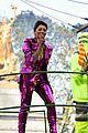 olivia holt angelica kat jojo parade pics 06