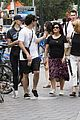 joe jonas sophie turner spend the day with their moms in nyc 24