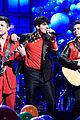 jonas brothers rock saturday night live 04