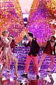 taylor swift brendon urie the voice finale 08