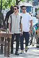 jonas brothers day off sophie turner joins for lunch 03