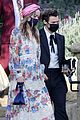 harry styles olivia wilde hold hands while attending managers wedding 51