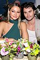 thomas doherty yasmin wijnaldum make first public appearance as a couple 19