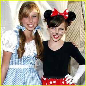 Ryan Newman is Minnie Mouse Magical
