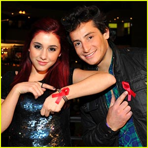 Ariana Grande Supports AIDS Awareness