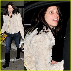 Ashley Greene: Dakota Fanning is Amazing!