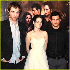 Robert Pattinson & Taylor Lautner: Costes Comrad
