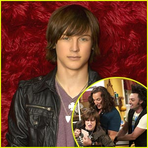 Logan Miller is In The Band -- JJJ Exclusive Interview