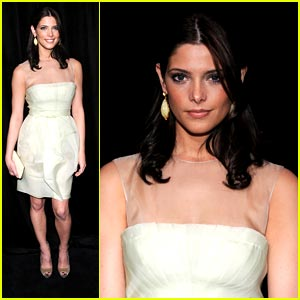 Ashley Greene is Dripping in Diamonds