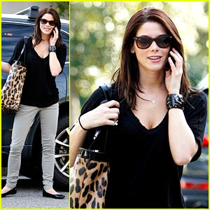 Ashley Greene is Leopard Bag Beautiful