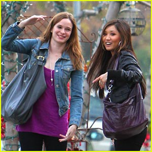 Brenda Song & Danielle Panabaker: Lunchin' Ladies