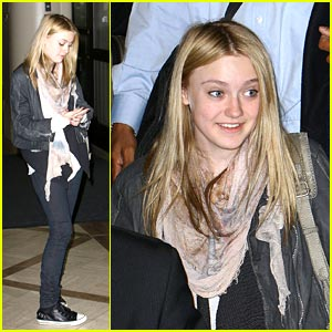 Dakota Fanning: It's A Dream to be a Rock Star
