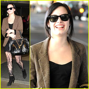 Demi Lovato: Lace Stocking Smiley
