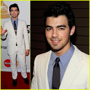 Joe Jonas Hugs Taylor Swift at Grammy Party
