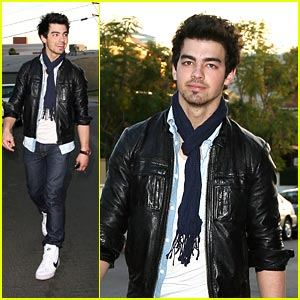 Joe Jonas: Umami Burger Boy