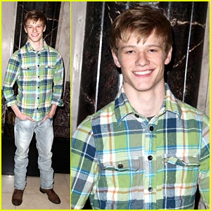 Lucas Till STOMPs on the Ground