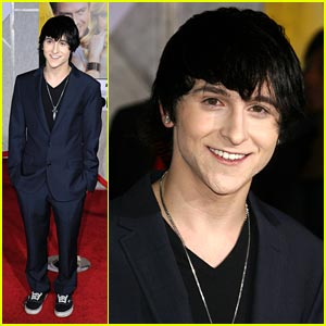 Mitchel Musso: I Love My Fans To Death!