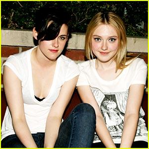 Kristen Stewart & Dakota Fanning: Bowery BFFs