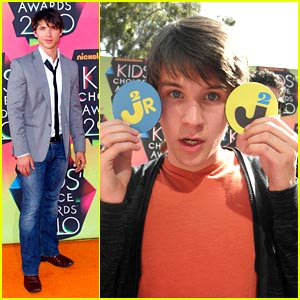 Devon Werkheiser Wins Italian KCA for Fave TV Actor