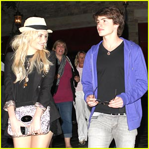 Gregg Sulkin & Pixie Lott: Cheesecake Factory Friends