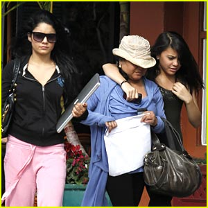Vanessa & Stella Hudgens Get Some Aroma-Therapy