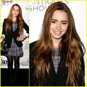 Lily Collins Goes Antiquing