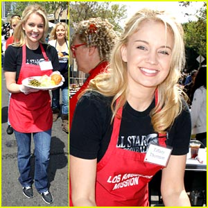 Tiffany Thornton Serves Up Easter Supper