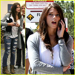 Ashley Greene: Send In Your Questions!