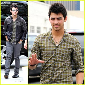 Joe Jonas: Let's Go Lakers!