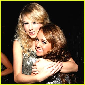 Miley Cyrus &#038; Taylor Swift: Nashville Rising Concert!