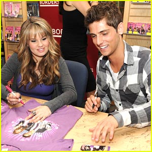 Debby Ryan &#038; Jean-Luc Bilodeau: Borders Buddies