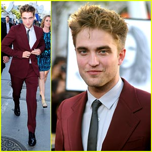 Robert Pattinson is Red-y for Eclipse!