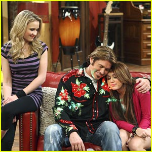 Hannah Montana Premieres THIS Sunday!