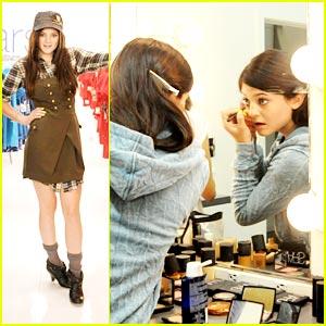 Kylie Jenner: Sears Sweetheart!