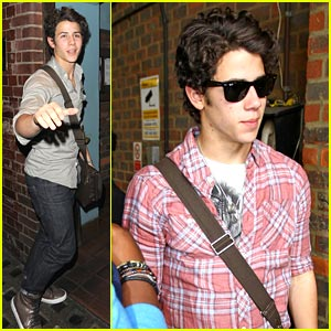 Nick Jonas: Final Performance of Les Miserables!