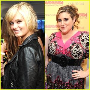 Sara Paxton & KayCee Stroh: Carrera Cuties