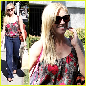 Brittany Snow: Allsaints Spitalfields Shopper