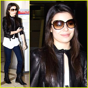 Miranda Cosgrove: Late Night at LAX