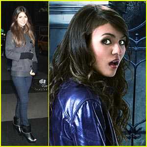 Victoria Justice Cries 'Werewolf' on PIX Morning Show