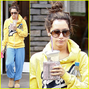 Ashley Tisdale: Casual Coffee Bean Run