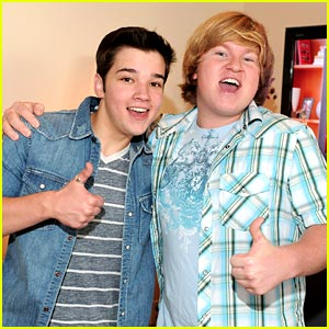 Doug Brochu &#038; Nathan Kress Get Kinect-ed
