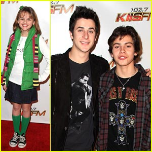 Jake T. Austin & David Henrie: Jingle Ball Buds