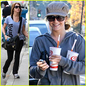 Julianne Hough: Jamba Juice & Gym Junkie