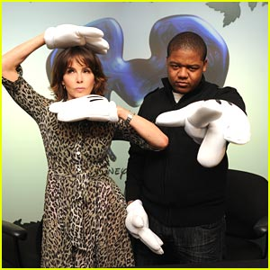 Kyle Massey: Mickey Hands!