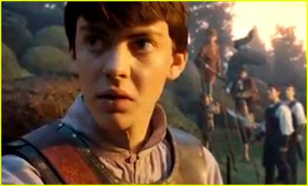 Georgie Henley & Skandar Keynes: New 'Narnia' Clips!