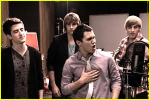 Big Time Rush: 'Stuck' Music Video!