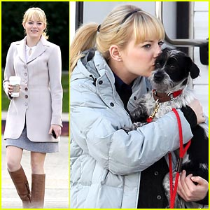 Emma Stone: Puppy Kisses!