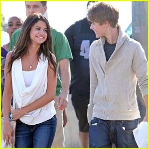 Justin Bieber & Selena Gomez: Santa Monica Sweeties