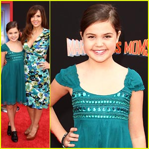 Bailee Madison: 'Mars Needs Moms' Premiere!